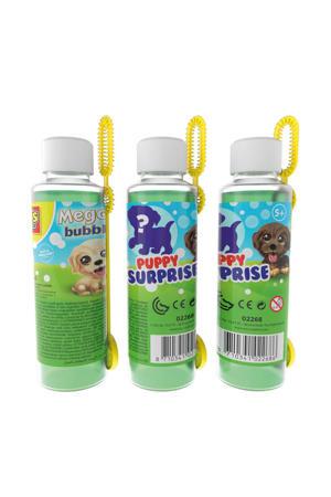 Mega bubbles met puppy surprise