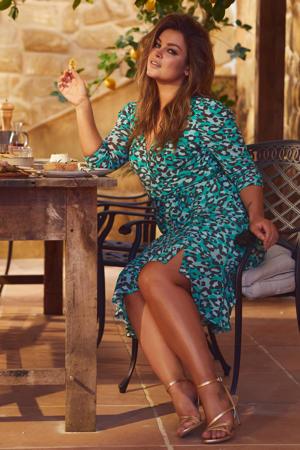 mesh jurk met rimpels en panterprint groen