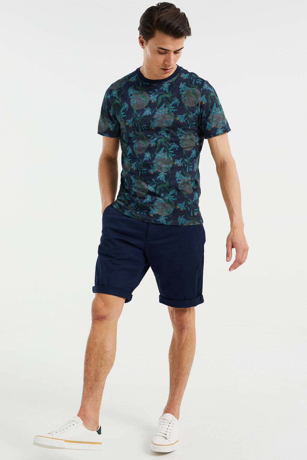 WE Fashion slim fit T-shirt met all over print Heavy Blue