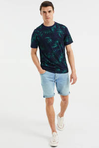 WE Fashion slim fit T-shirt met bladprint Opal Blue