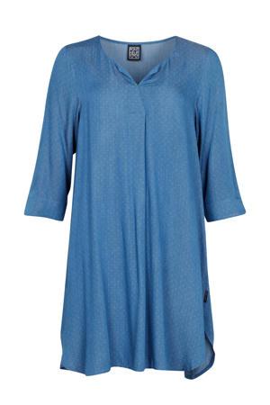 jurk met stippen lichtblauw/wit