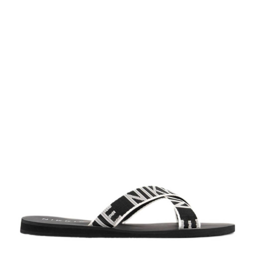 NIKKIE Wiona Logo Sandals  slippers zwart/wit, Zwart/wit