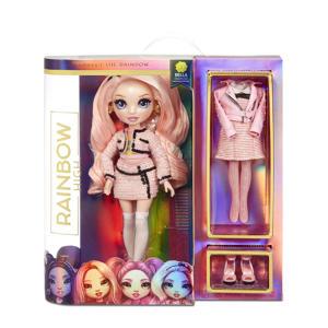 Fashion Doll: Pink