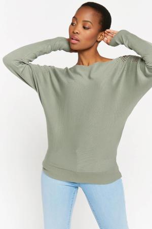 trui met studs groen