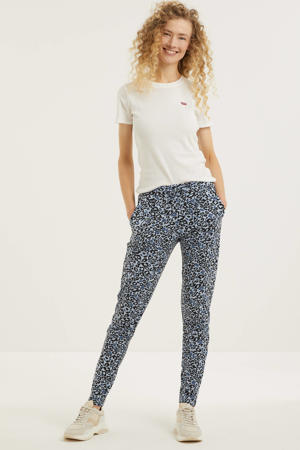 tapered fit broek met all over print lichtblauw