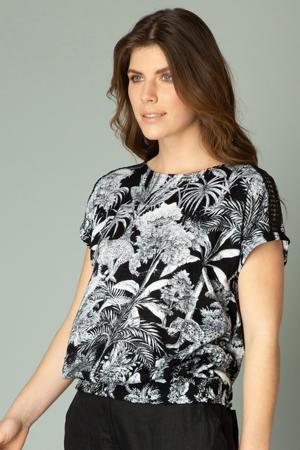 top Ifara met all over print en open detail zwart/wit
