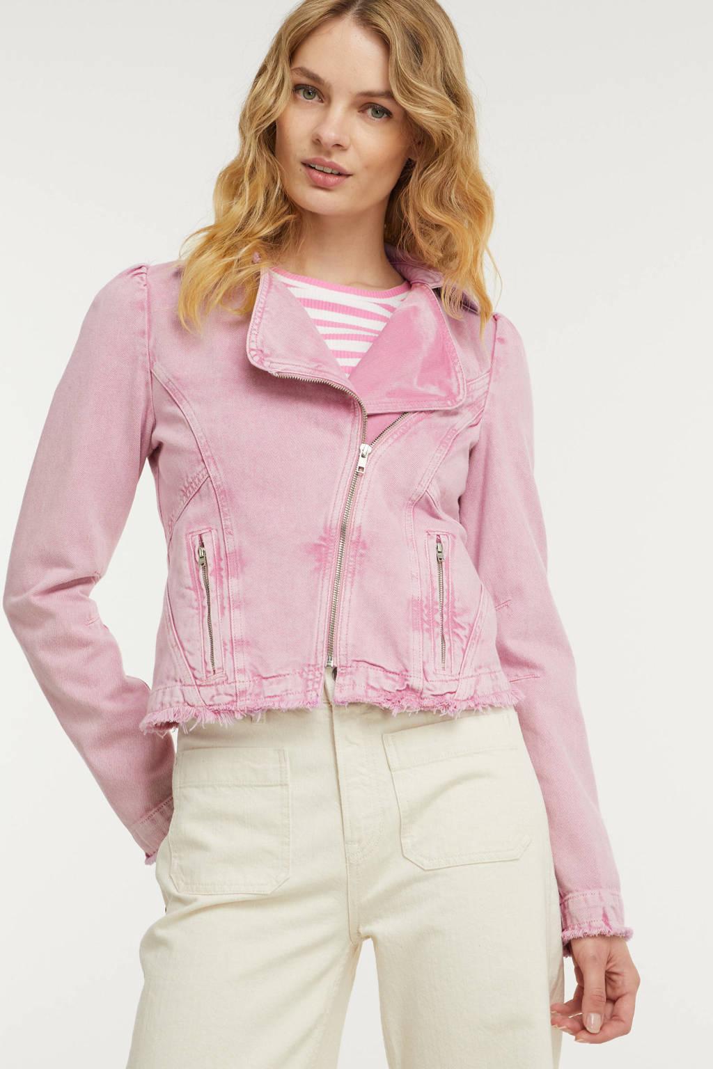 Kendall + Kylie  roze, Roze