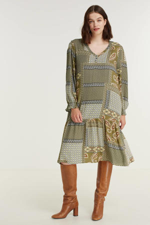 jurk JEMMA  met paisleyprint en volant olijfgroen/wit/donkerrood