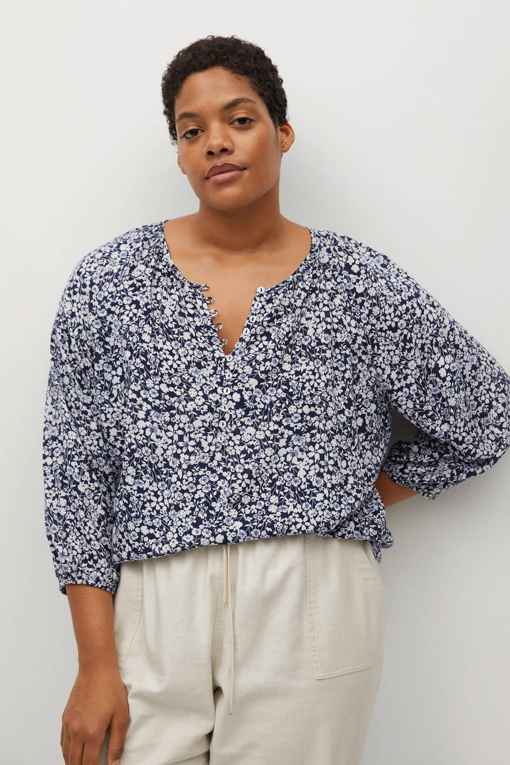Violeta by Mango blouse met all over print middenblauw