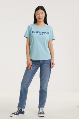 T-shirt FQHALLEY-TEE met tekst lichtblauw