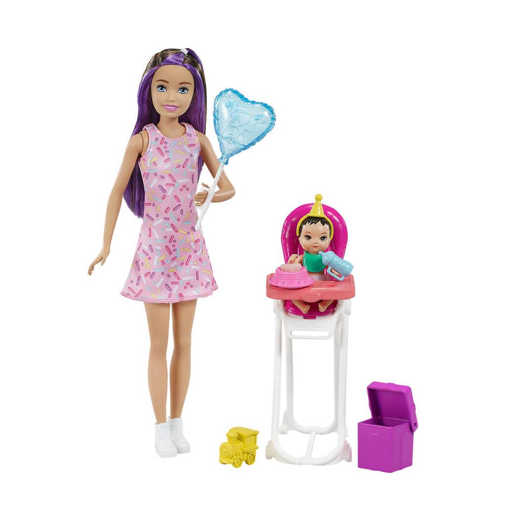 Barbie Family Skipper Babysitter speelset verjaardag brunette