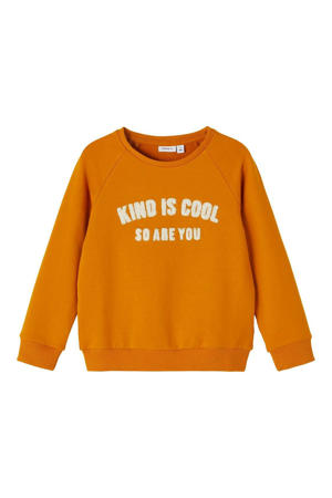 sweater NMFLAKIND met tekst okergeel