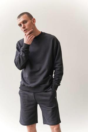 sweater phantom