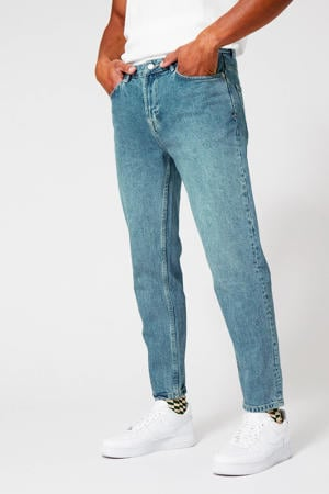 tapered fit jeans stone washed