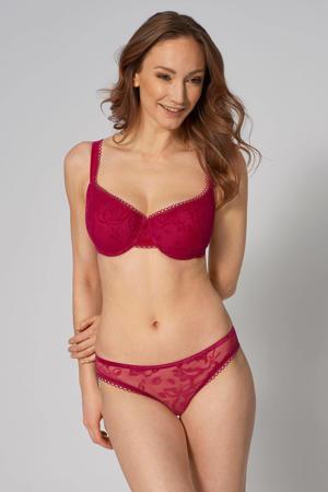 brazilian Velvet Rose Spotlight rood