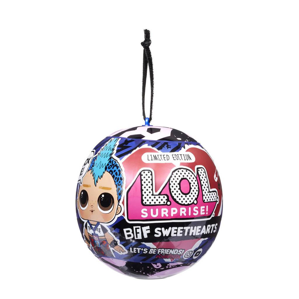 L.O.L. Surprise! BFF Sweethearts Supreme Ass.