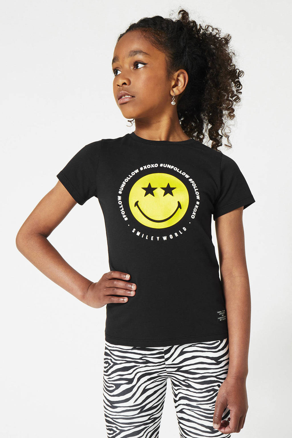 CoolCat Junior T-shirt Evelin coolcat x smiley world zwart/geel, Zwart/geel