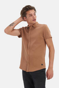 Refill by Shoeby regular fit overhemd Dyon met all over print camel, Camel