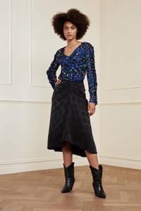 Fabienne Chapot gebloemde top Rufus  van gerecycled polyester zwart/ blauw