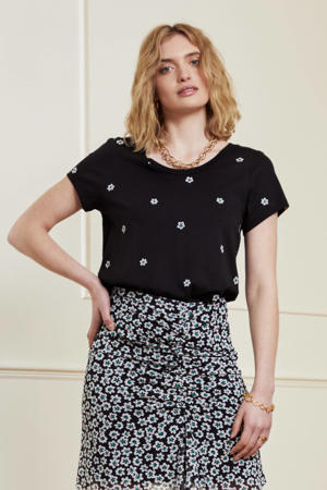 T-shirt Kris Fleopard met all over print en borduursels zwart
