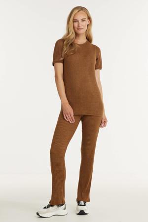 ribgebreide zwangerschapsT-shirt bruin