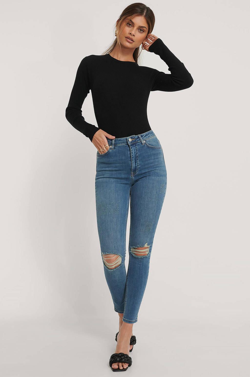 NA-KD cropped high waist skinny jeans blue