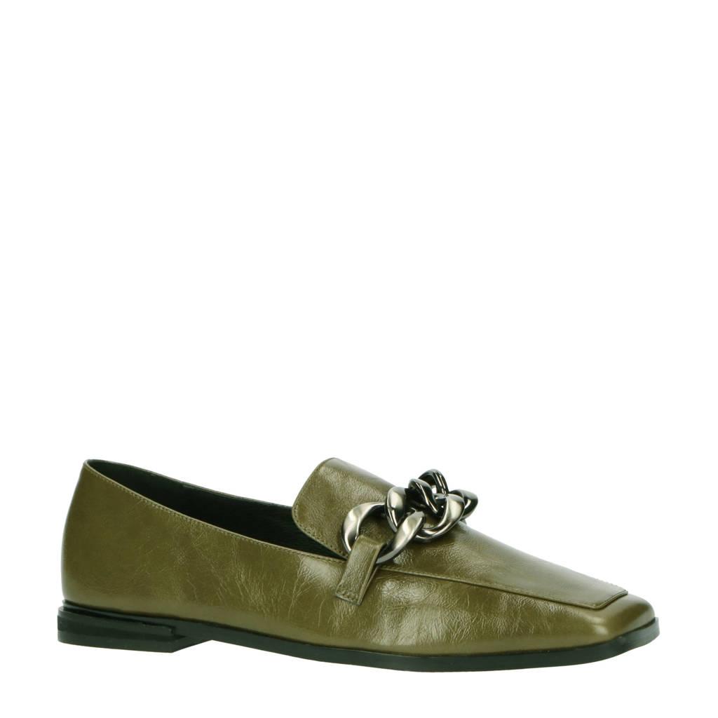 Bibi Lou Carrie  lakleren loafers met ketting olijfgroen, Olijfgroen