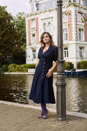 Vintage geïnspireerde jurk met knopen donkerblauw