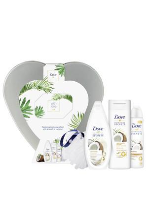 Nourishing Secrets Coconut - douchecrème, bodylotion, anti-transpirant spray, douchepuff en hartblik - Geschenkset