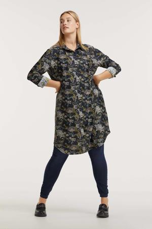 jurk Lea van travelstof met all over print donkerblauw/multi