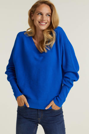 trui met v-hals blauw