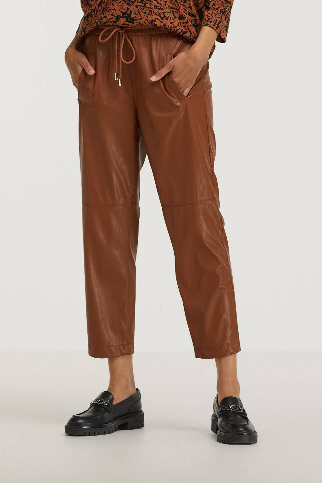 ESPRIT Women Collection coated cropped straight fit broek bruin, Bruin