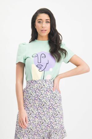 T-shirt Alaina met printopdruk en plooien mintgroen