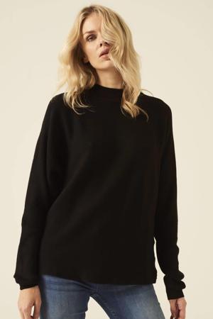 ribgebreide trui zwart