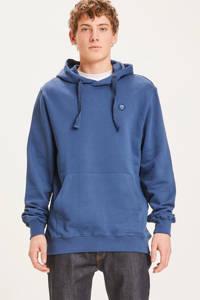 Knowledge Cotton Apparel hoodie Elm van biologisch katoen blauw melange