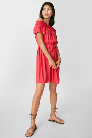 off shoulder jurk met ceintuur rood