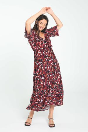 open shoulder jurk met all over print en volant donkerrood/bruin/zwart