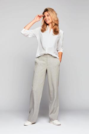 blouse Brenden met 3D applicatie wit