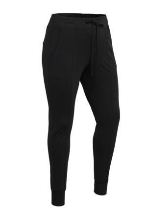 skinny broek Laila van travelstof zwart
