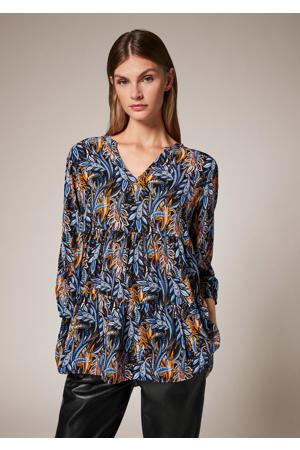 blousetop in viscose met bladprint marine/blauw/oker