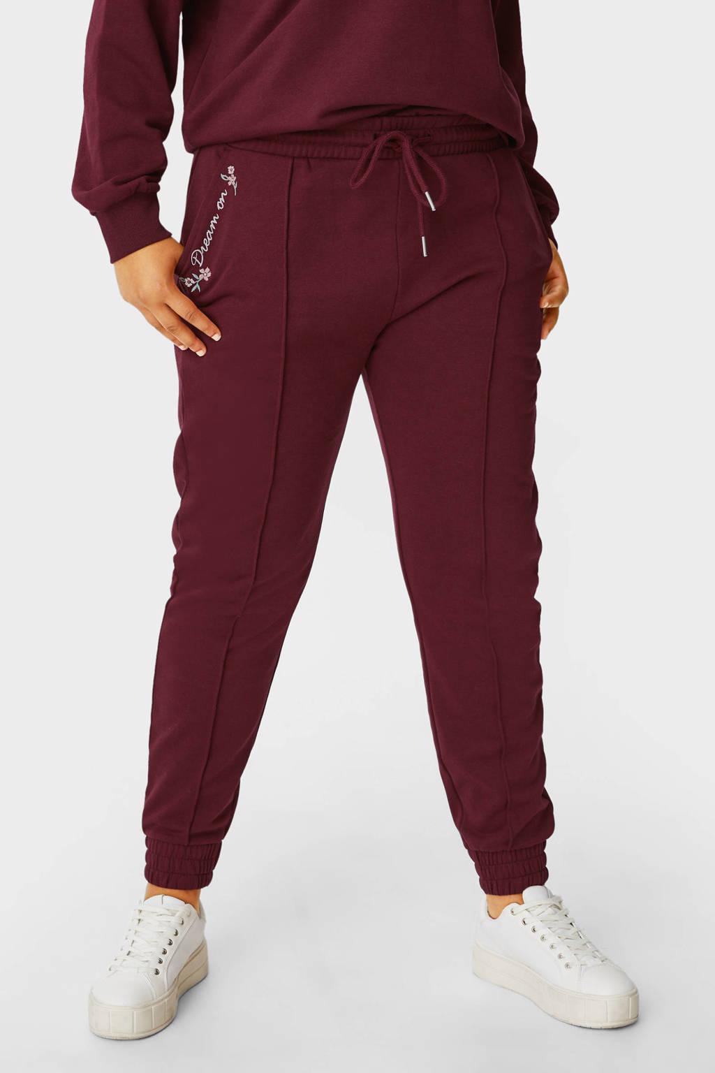 C&A Clockhouse regular fit broek met borduursels donkerrood/wit/zachtroze, Donkerrood/wit/zachtroze