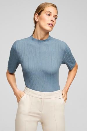 ribgebreide top met wol lichtblauw