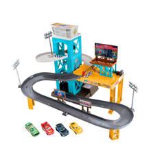 Cars 3 gemotoriseerde garage + 4 auto's