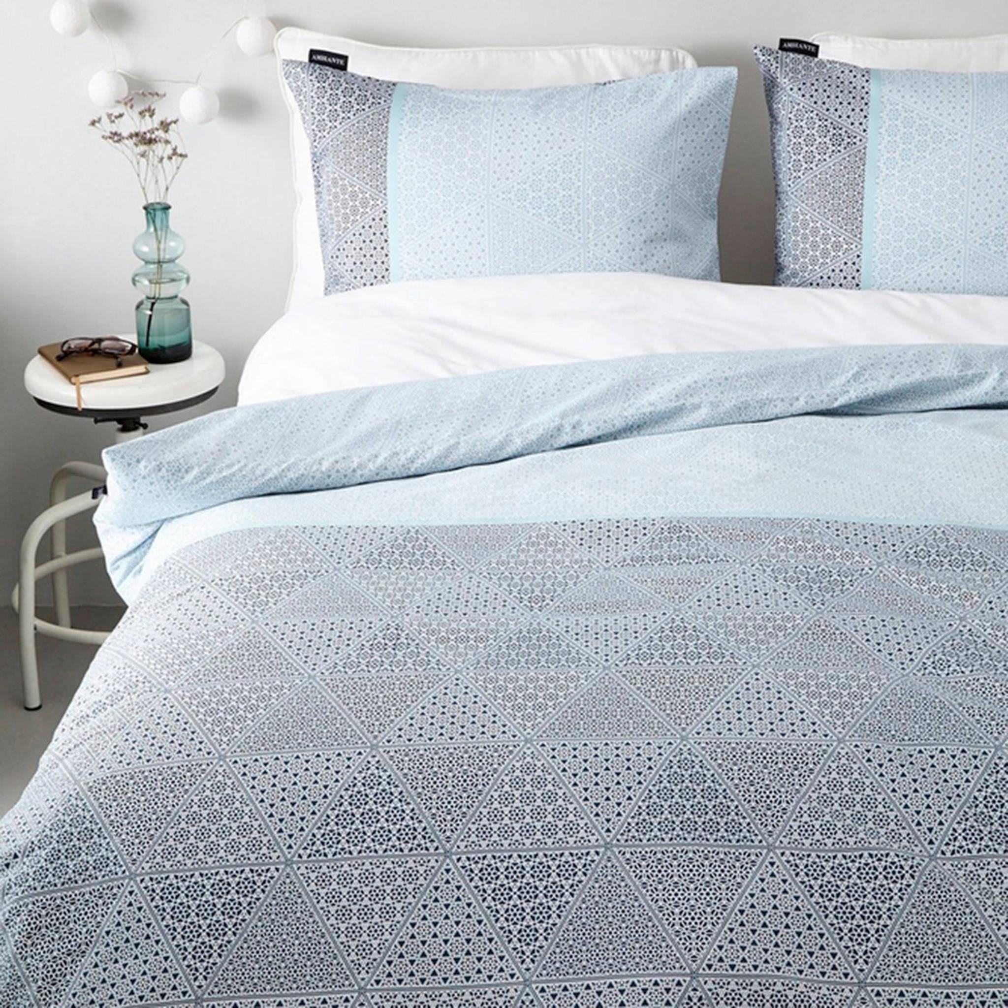 ambiante katoensatijnen dekbedovertrek lits jumeaux blauw