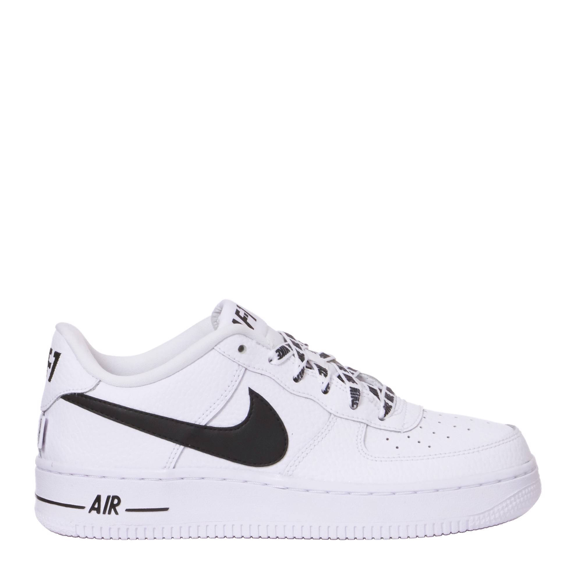Air Force 1 LV8 sneakers