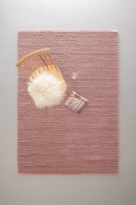 whkmp's own vloerkleed (wol)  (230x160 cm)