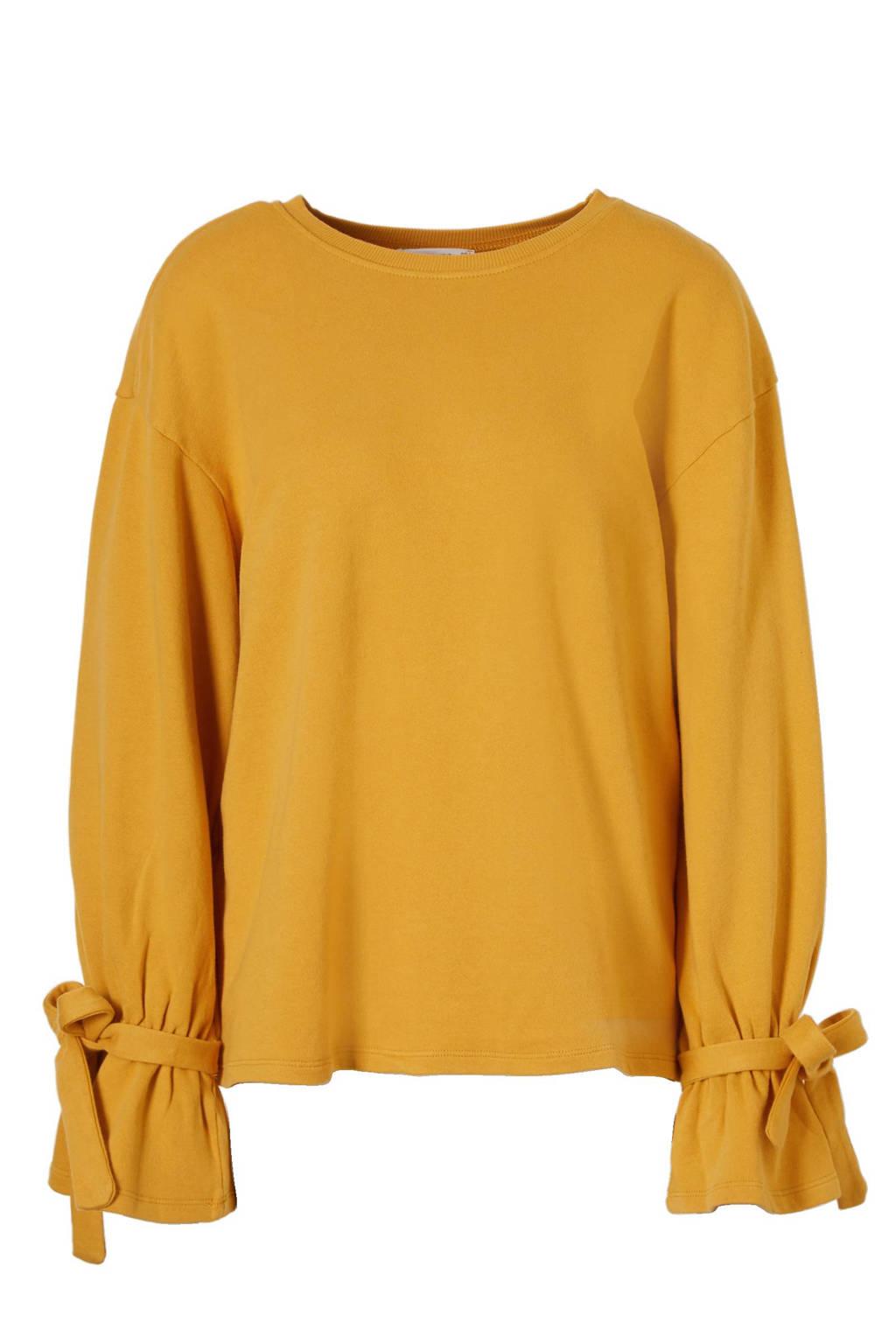 Mango sweater, Okergeel