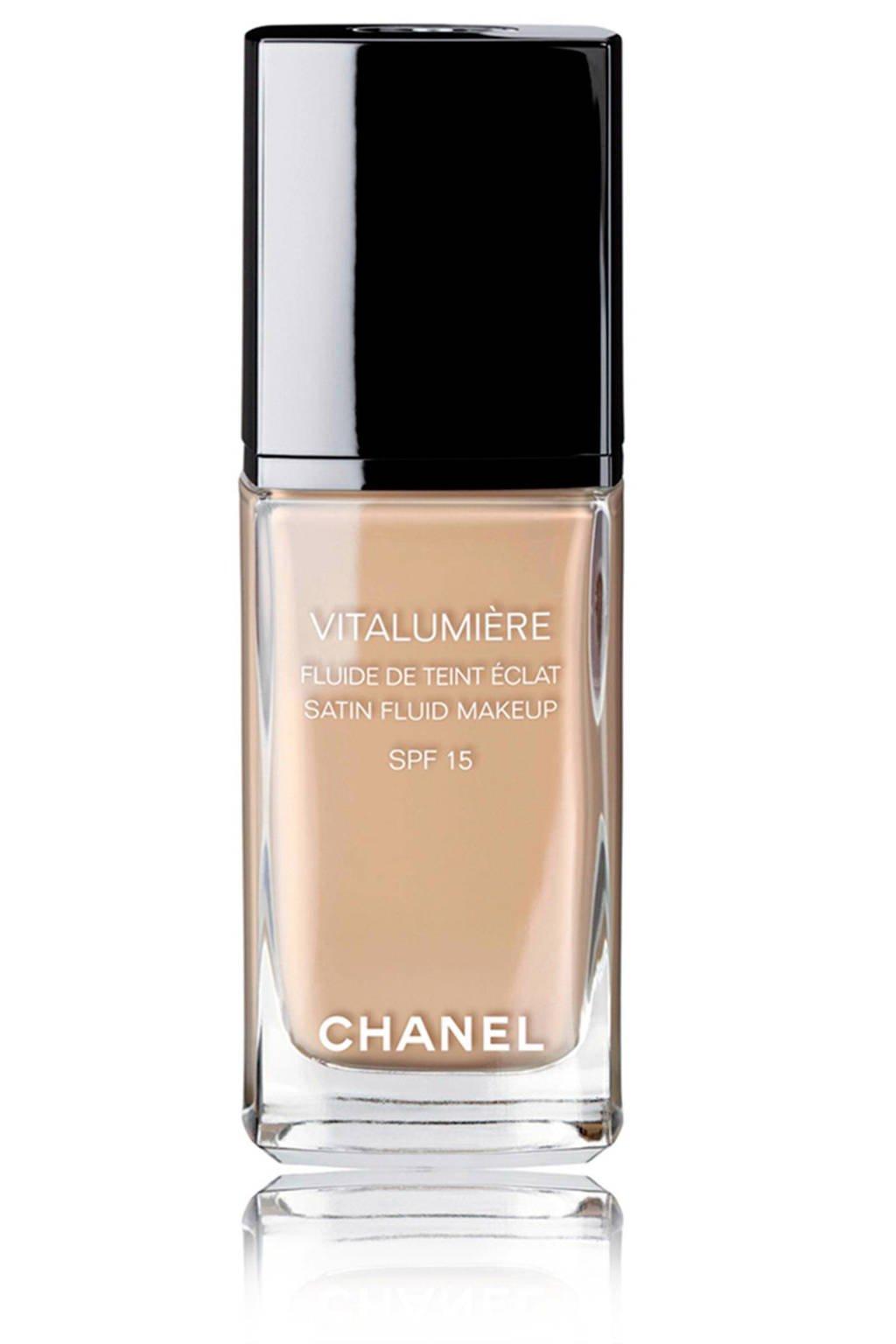 Chanel Vitalumière Fluide foundation - 70 Beige