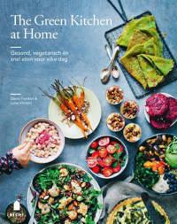 The green kitchen at home - David Frenkiel en Luise Vindahl