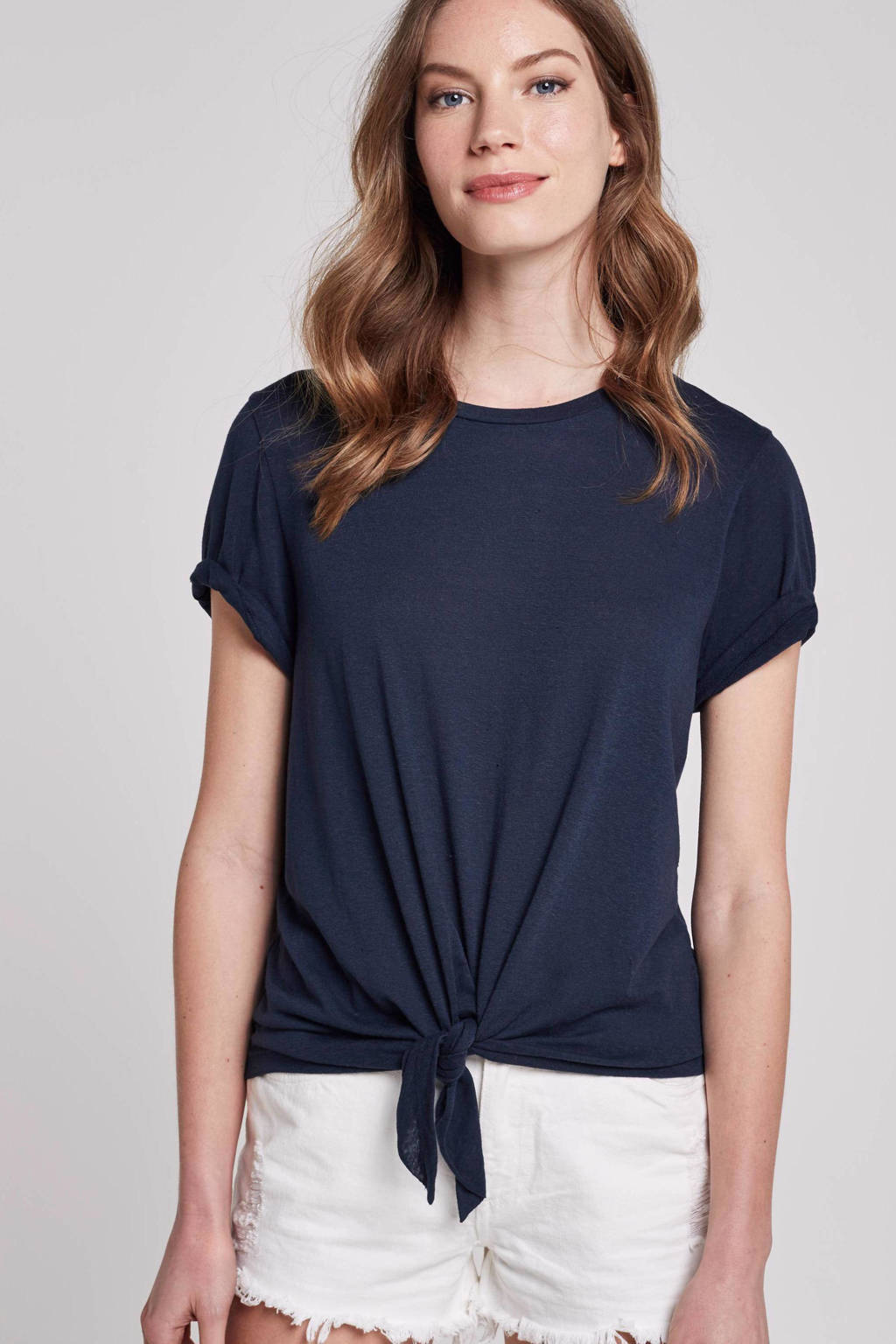 ONLY top met knoopdetail, Donkerbauw
